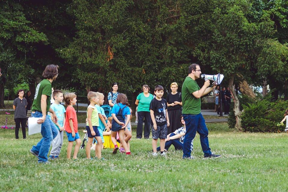 Interviuri și improvizații în Parcul Regina Maria